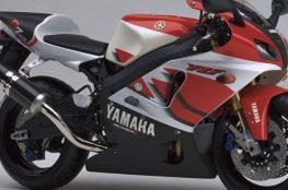 #Yamaha #Aliwheels #YAmahaYZF-R7